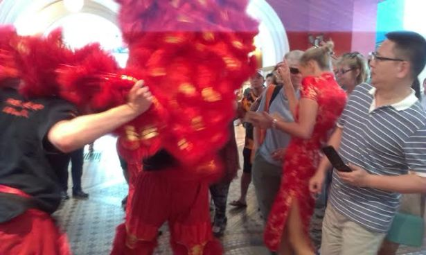 QVB Lion Dance - photo 10