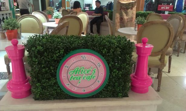 Alice's Tea Cafe - photo 3