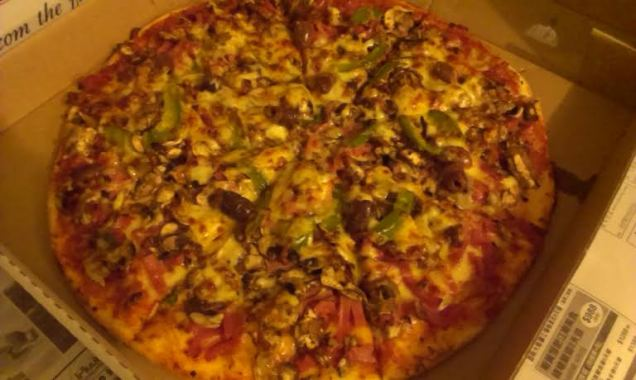 Menulog - Seven Kings Pizzeria - photo 7